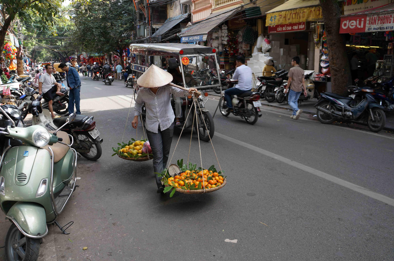 Strassenverkäufer Hanoi