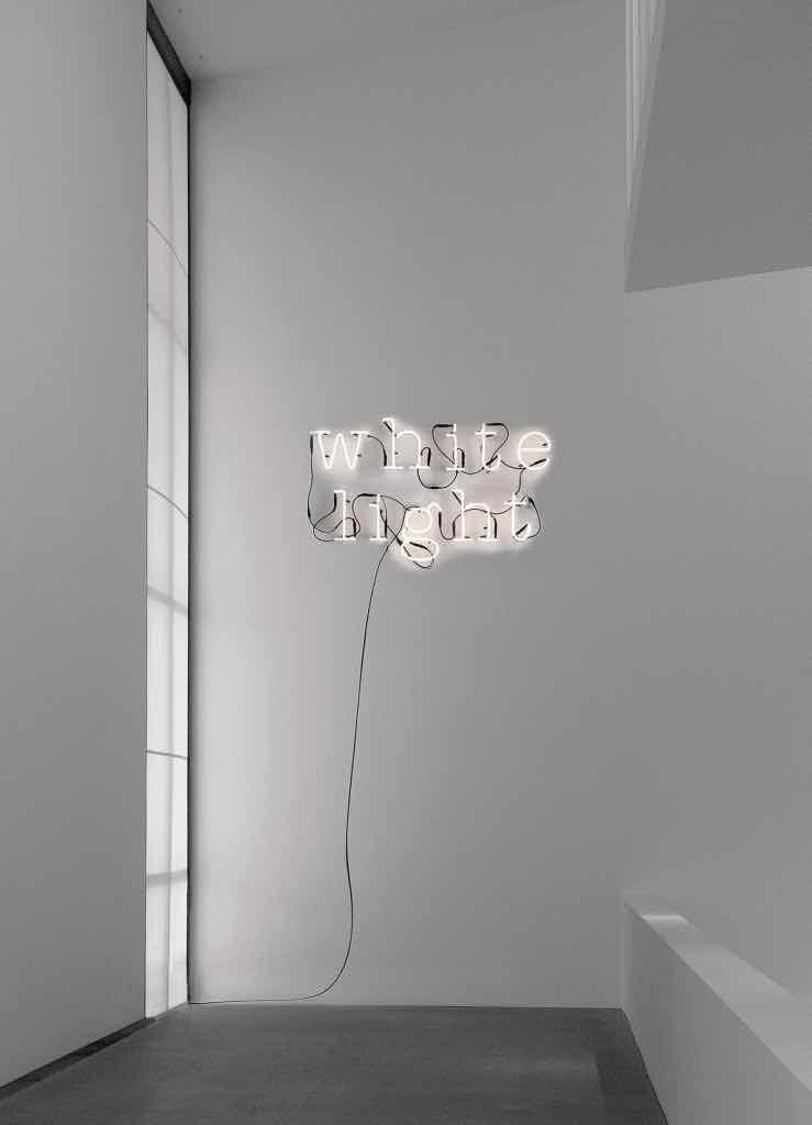 Lampe-Neon-Art-Seletti-Leuchtbuchstaben