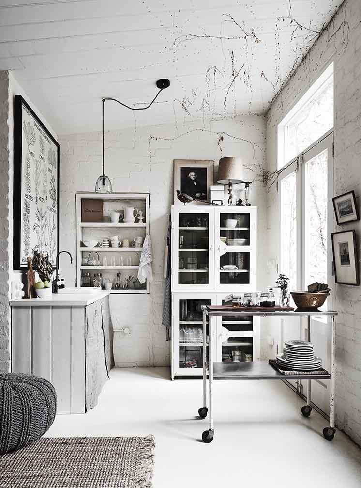 White-Room1