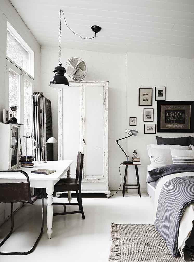 White-Room11