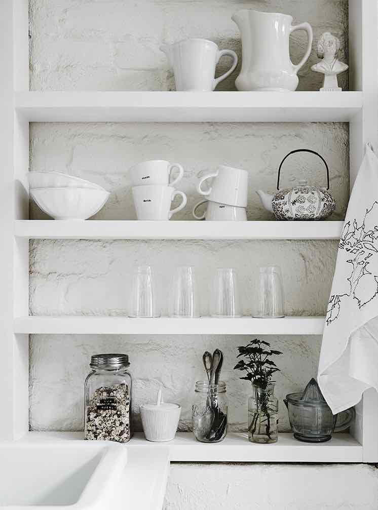 White-Room2