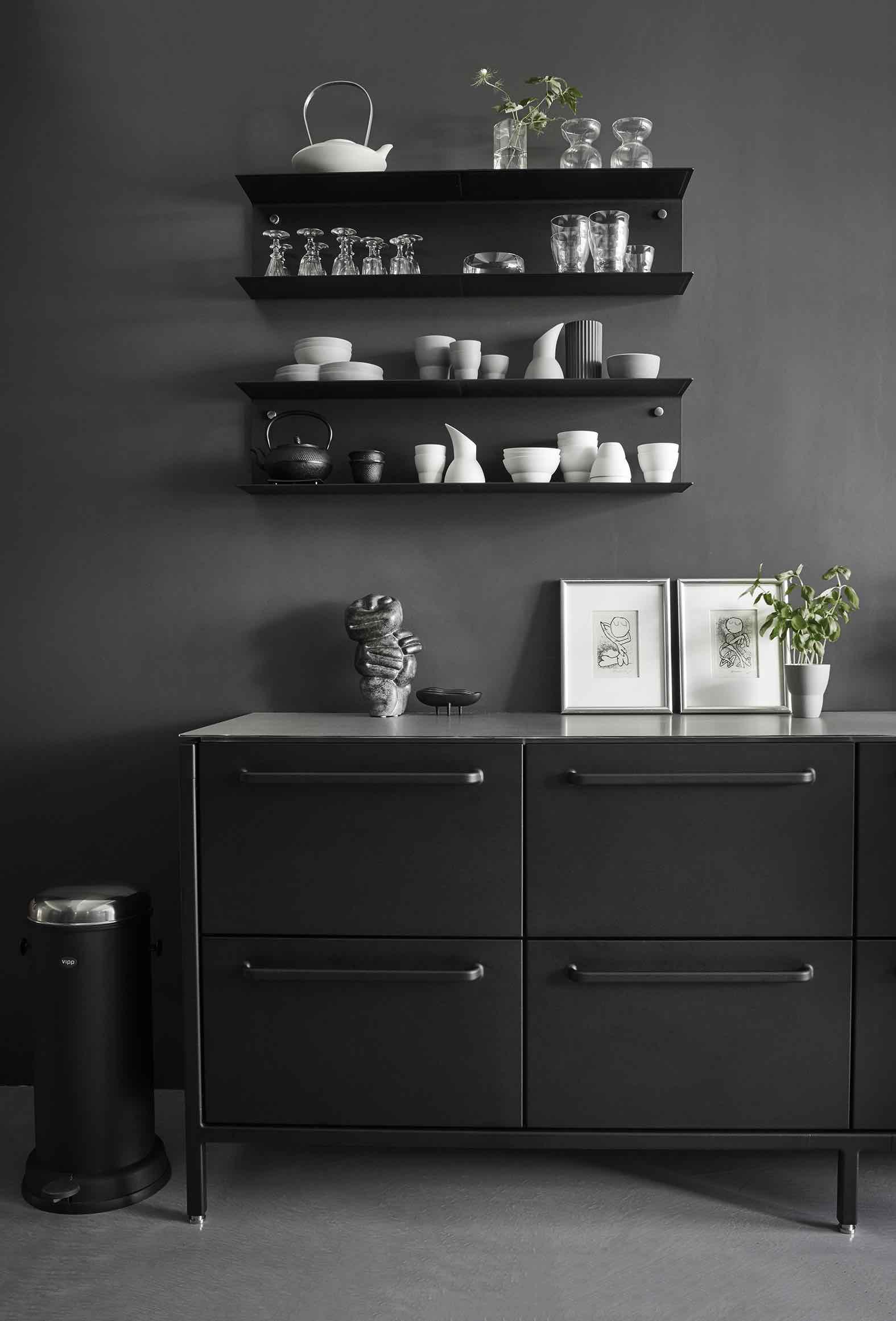 vipp k chen showroom nyc designs2love. Black Bedroom Furniture Sets. Home Design Ideas