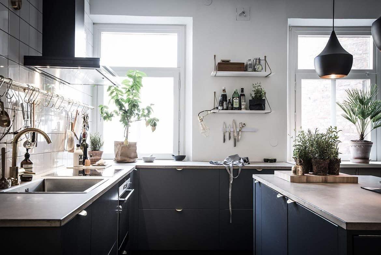 Offene Wohnküche dunkelgrau